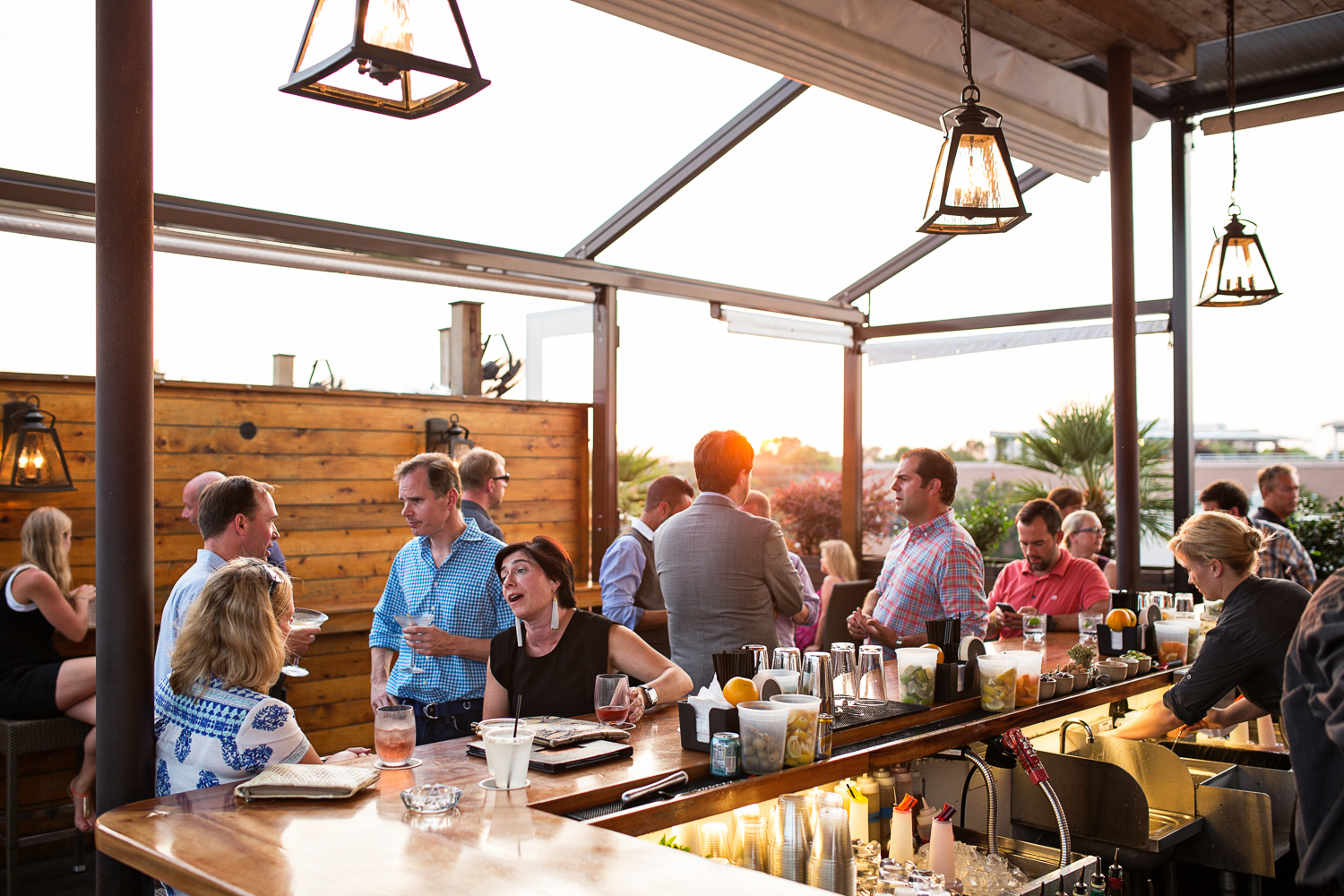 Atmosphere Furnishings Stars Rooftop Tails
